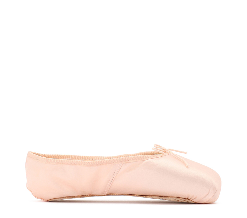 Julieta satin pointe shoes