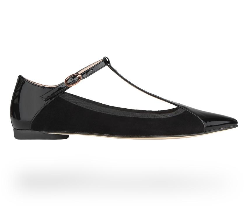 Chic T-strap shoe